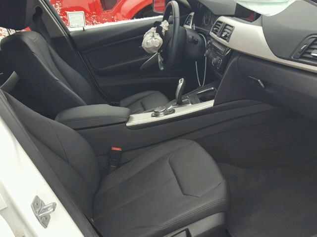 WBA8E5G53GNT40546 - 2016 BMW 320I XDRIV WHITE photo 5