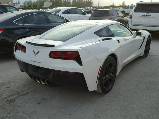 1G1YB2D7XG5112133 - 2016 CHEVROLET CORVETTE S WHITE photo 4