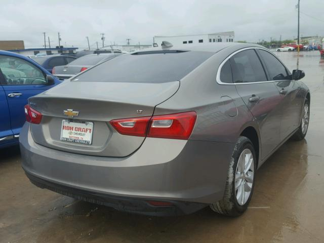 1G1ZE5STXHF212810 - 2017 CHEVROLET MALIBU LT GRAY photo 4