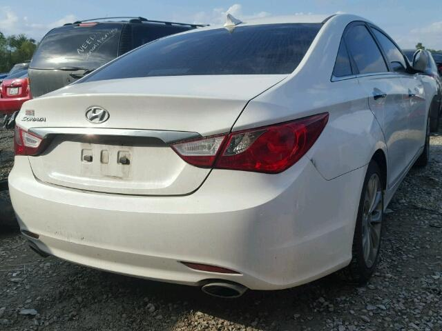 5NPEC4AC5BH213691 - 2011 HYUNDAI SONATA SE/ WHITE photo 4