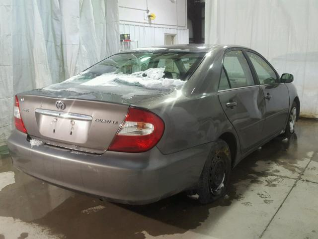 4T1BE32K02U595384 - 2002 TOYOTA CAMRY LE GRAY photo 4