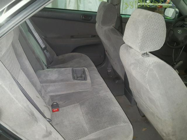 4T1BE32K02U595384 - 2002 TOYOTA CAMRY LE GRAY photo 6