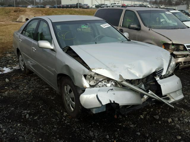 4T1BE32K65U424336 - 2005 TOYOTA CAMRY LE SILVER photo 1