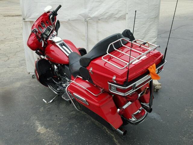 1HD1KEM17AB645943 - 2010 HARLEY-DAVIDSON FLTHTK RED photo 3