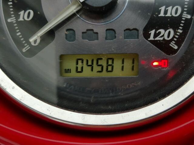 1HD1KEM17AB645943 - 2010 HARLEY-DAVIDSON FLTHTK RED photo 8