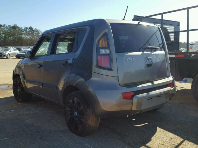 KNDJT2A2XB7243655 - 2011 KIA SOUL GRAY photo 3
