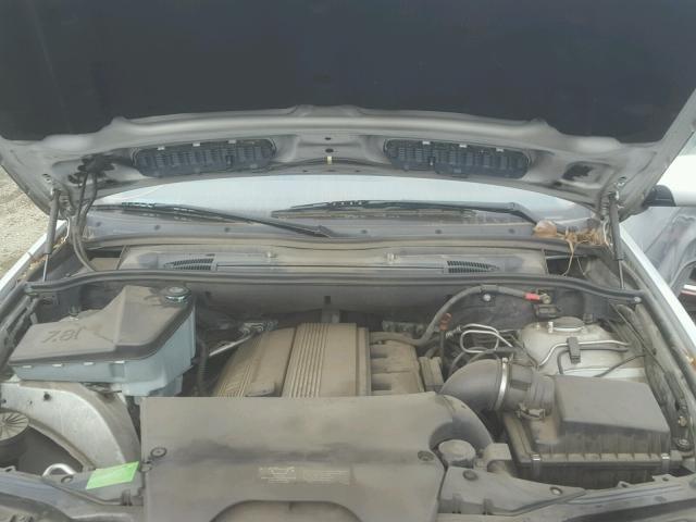 WBAFA53551LM73708 - 2001 BMW X5 3.0I SILVER photo 7