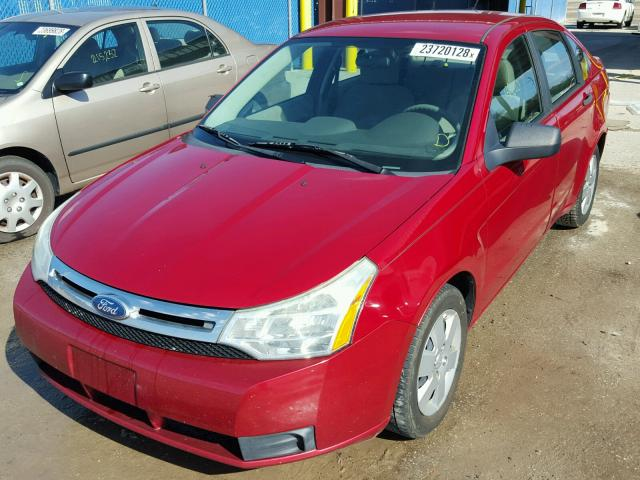 1FAHP3EN0BW101078 - 2011 FORD FOCUS S RED photo 2