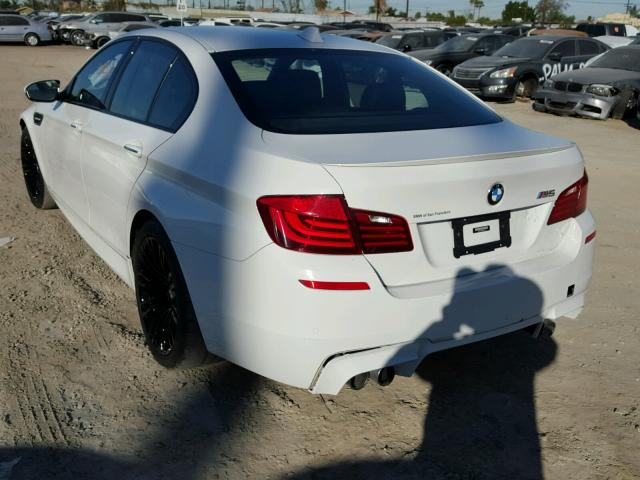 WBSFV9C56GG343171 - 2016 BMW M5 WHITE photo 3