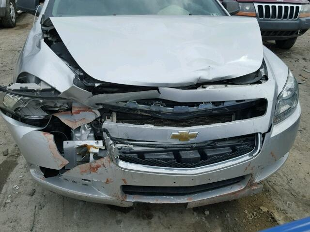 1G1ZA5E16BF161366 - 2011 CHEVROLET MALIBU LS SILVER photo 7