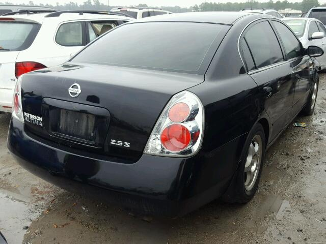 1N4AL11D65N489958   2005 NISSAN ALTIMA S BLACK Photo 4
