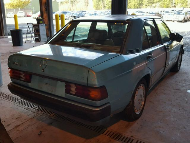 WDBDA28D0NF922692 - 1992 MERCEDES-BENZ 190 E 2.3 TEAL photo 4