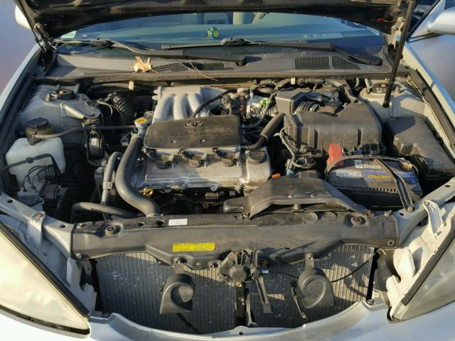4T1BF32K22U502149 - 2002 TOYOTA CAMRY LE SILVER photo 7