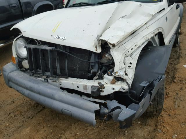 1J4GL48K35W553601 - 2005 JEEP LIBERTY SP WHITE photo 9