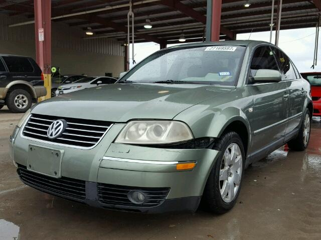 WVWRH63B63P200196 - 2003 VOLKSWAGEN PASSAT GLX GREEN photo 2