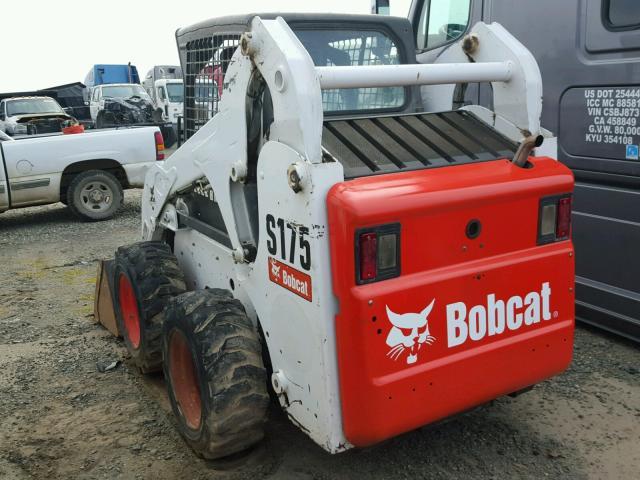 A3L540110 - 2012 BOBCAT S175 WHITE photo 3