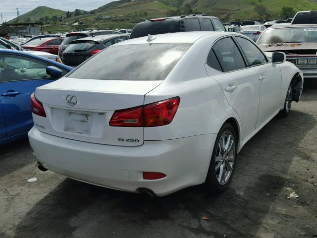 JTHBK262775044967   2007 LEXUS IS250 WHITE Photo 4
