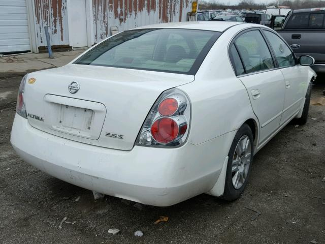 1N4AL11D55C352845   2005 NISSAN ALTIMA S WHITE Photo 4