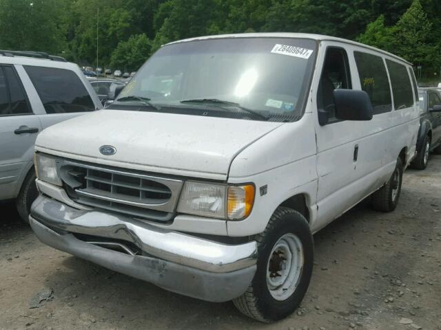 1FBSS31F5YHA03002 - 2000 FORD ECONOLINE WHITE photo 2