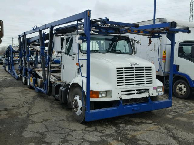 1HSHNAHR53H561885 - 2003 INTERNATIONAL 8000 8100 WHITE photo 1