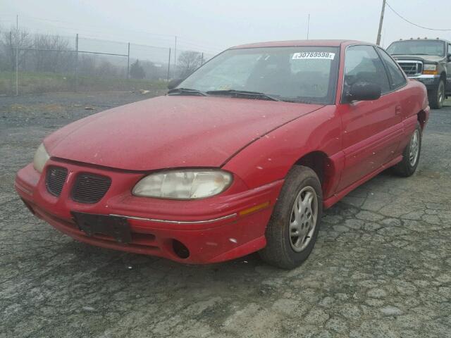 1G2NE12T2WC733621 - 1998 PONTIAC GRAND AM S RED photo 2