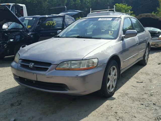 1HGCG1656YA022223 - 2000 HONDA ACCORD EX GRAY photo 2