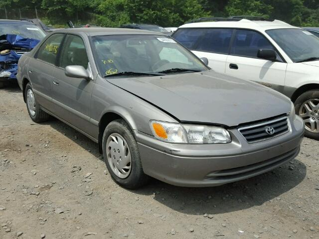4T1BG22K8YU687579 - 2000 TOYOTA CAMRY CE GRAY photo 1