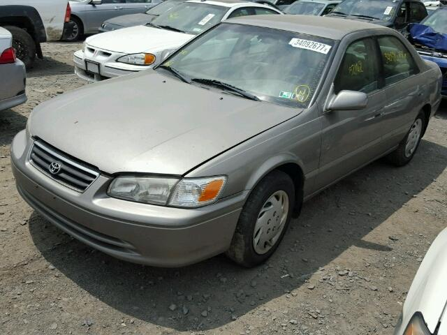 4T1BG22K8YU687579 - 2000 TOYOTA CAMRY CE GRAY photo 2