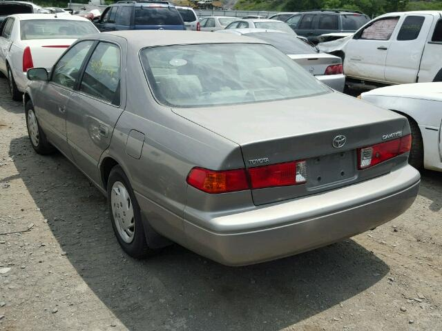 4T1BG22K8YU687579 - 2000 TOYOTA CAMRY CE GRAY photo 3