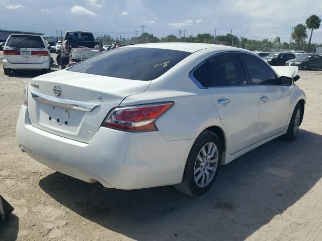 1N4AL3AP4FN378400 - 2015 NISSAN ALTIMA 2.5 WHITE photo 4