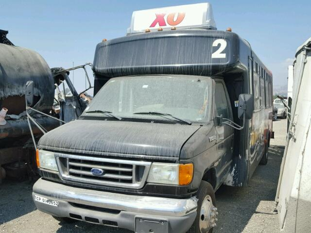 1FDXE45SX6DA05737 - 2006 FORD E450 SUPER BLACK photo 2
