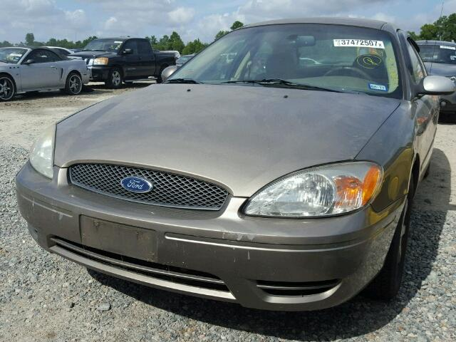 1FAFP56U57A196587 - 2007 FORD TAURUS SEL TAN photo 2