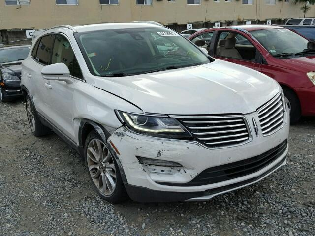 5LMCJ3C95HUL03410 - 2017 LINCOLN MKC RESERV WHITE photo 1