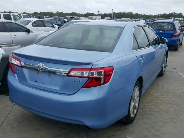 4T1BF1FK0CU605537 - 2012 TOYOTA CAMRY BASE BLUE photo 4