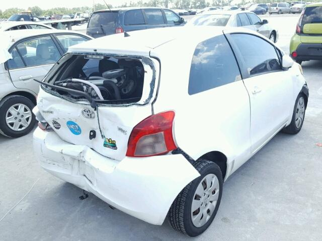 JTDJT923785154369 - 2008 TOYOTA YARIS WHITE photo 4