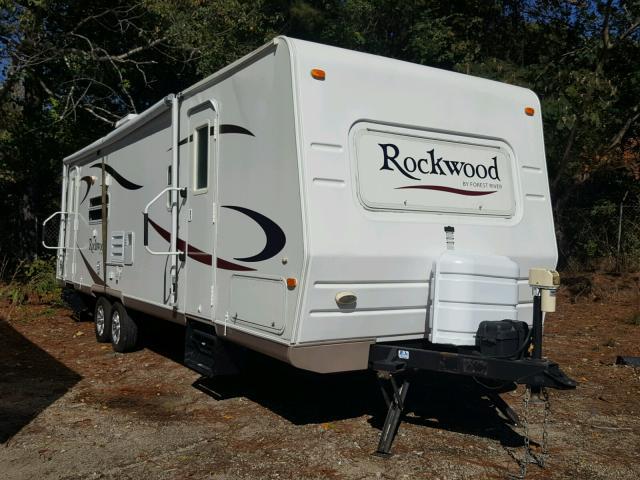 4X4TRLG226D810110 - 2006 WILDWOOD ROCKWOOD WHITE photo 1