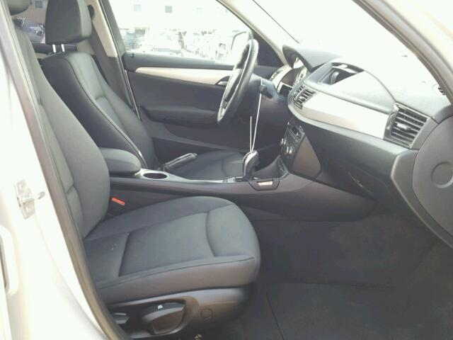 WBAVM1C5XEVW55801 - 2014 BMW X1 SILVER photo 5