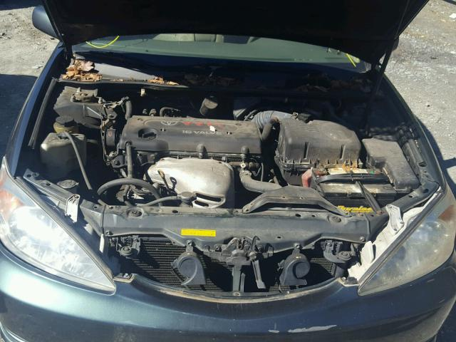 4T1BE32K12U577430 - 2002 TOYOTA CAMRY LE GREEN photo 7