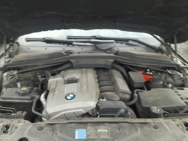 WBANN73586CN00726 - 2006 BMW 530 XIT BLACK photo 7