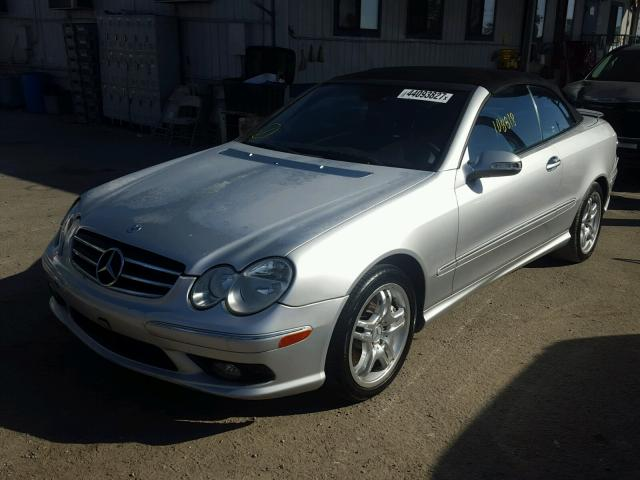 WDBTK76GX4T011501 - 2004 MERCEDES-BENZ CLK SILVER photo 2