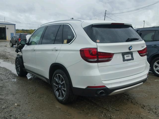 5UXKR0C50H0U50957 - 2017 BMW X5 XDRIVE3 WHITE photo 3