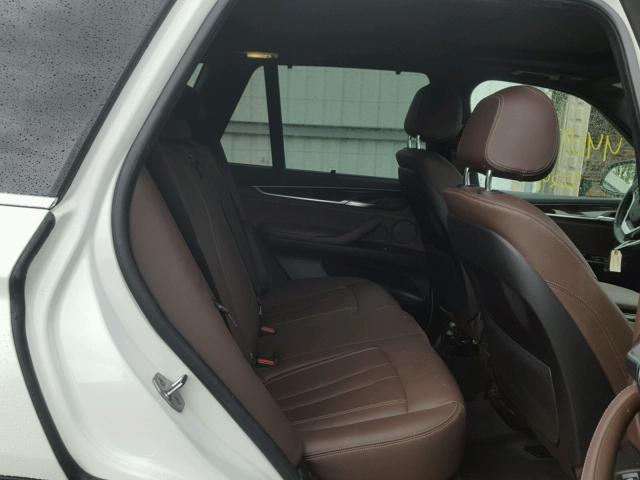 5UXKR0C50H0U50957 - 2017 BMW X5 XDRIVE3 WHITE photo 6