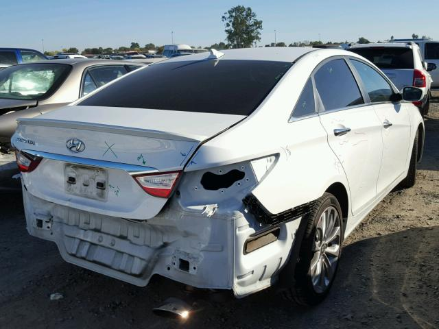 5NPEC4AC6DH801425   2013 HYUNDAI SONATA SE WHITE Photo 4