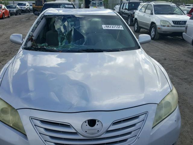 4T1BE46K67U510801 - 2007 TOYOTA CAMRY NEW SILVER photo 9