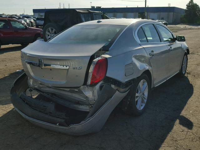 1LNHM93R99G605396 - 2009 LINCOLN MKS TAN photo 4