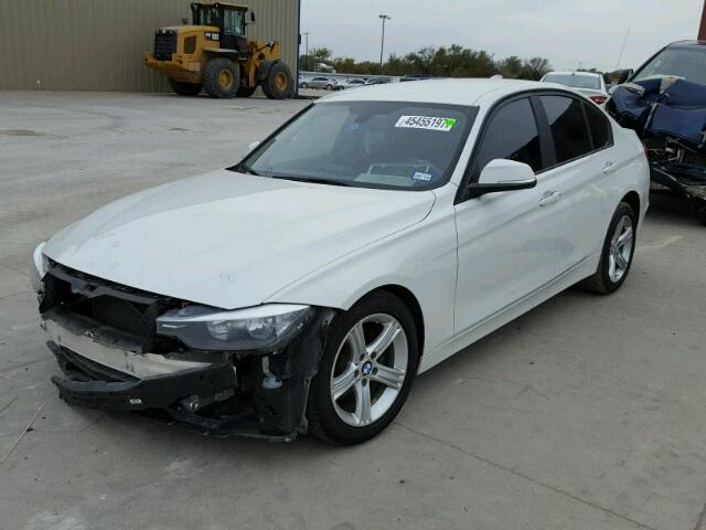 WBA3B1C58EK130931 - 2014 BMW 320 I WHITE photo 2