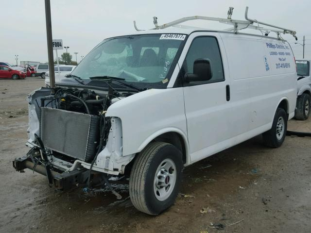 1GTW7FCA3D1101305 - 2013 GMC SAVANA G25 WHITE photo 2