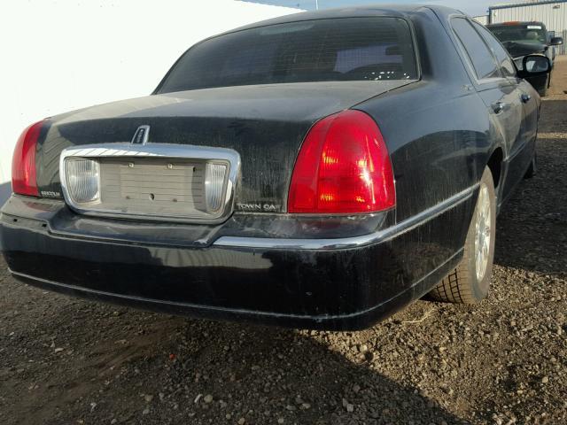 2LNBL8CV6BX750735 - 2011 LINCOLN TOWN CAR S BLACK photo 4