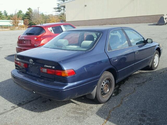 4T1BG22K8XU477563 - 1999 TOYOTA CAMRY BLUE photo 4