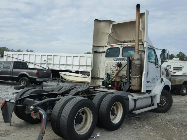 2FWJA3CV08AAC3707 - 2008 STERLING TRUCK AT 9500 WHITE photo 4
